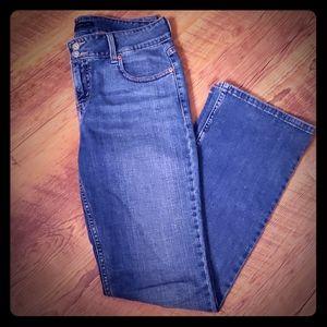 Levi's slender boot cut 526 Jean's size 6